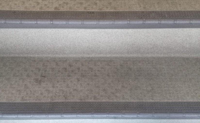 ノンスリップシート階段のクリーニング