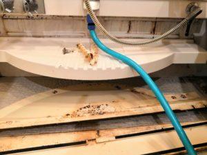 浴室カウンターの汚れ